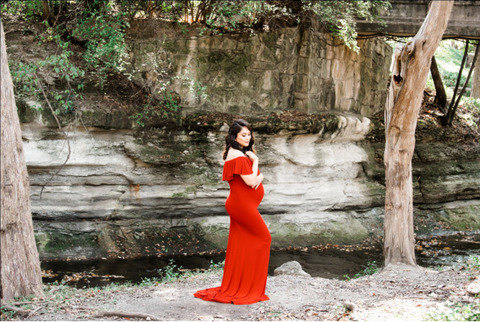 picturesque location in the woodlands - Mother to be photoshoot