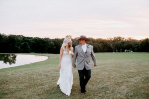 Wedding photoshoot of a couple by Lily Hayes Photography